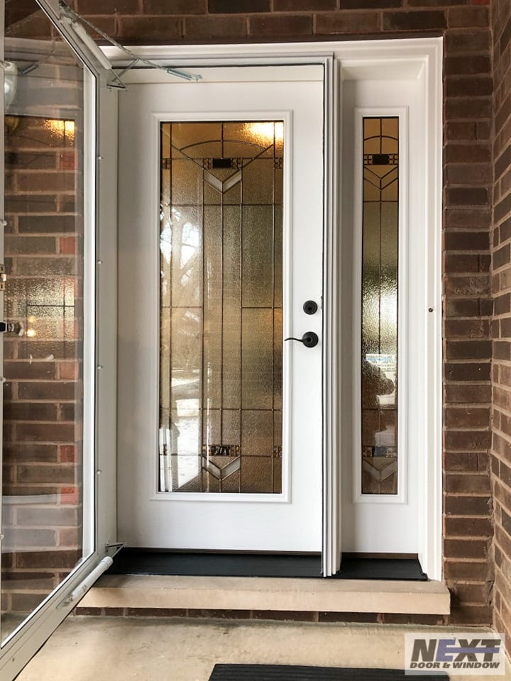 front door installation in Illinois
