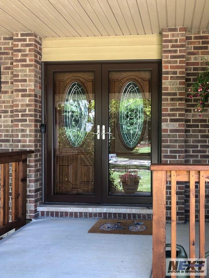 Storm door installation in Illinois